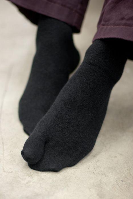 جورابهای تابی Tabi