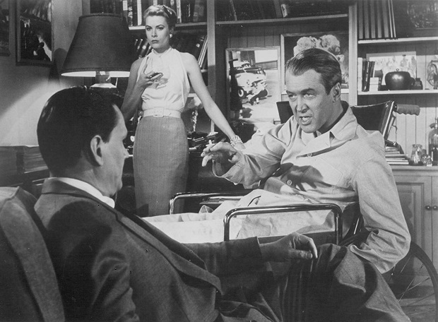 Grace Kelly, James Stewart, and Wendell Corey در نمایی از فیلم Rear Window