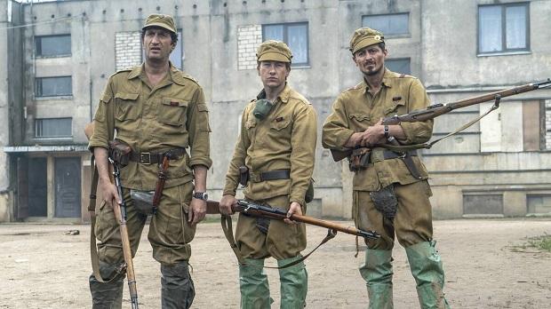 هنرنمایی Fares Fares, Alexej Manvelov و Barry Keoghan در سریال چرنوبیل