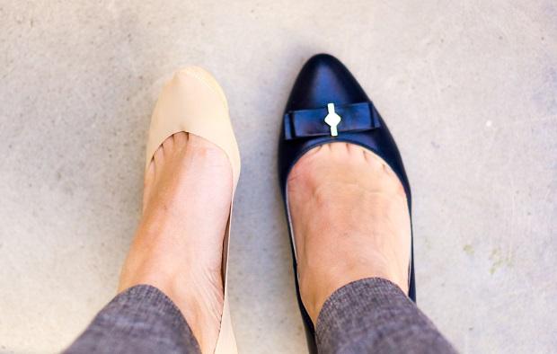 جورابهای بدون دید پاهای شما را از آسیب محافظت میکنند.