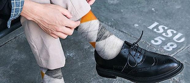 استفاده از جورابهای طرح دار برای تیپهای کژوآل