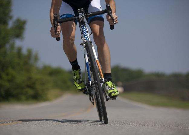 جورابهای مناسب ورزش دوچرخه سواری باید گردش هوای خوبی رابرای پا ایجاد کنند.