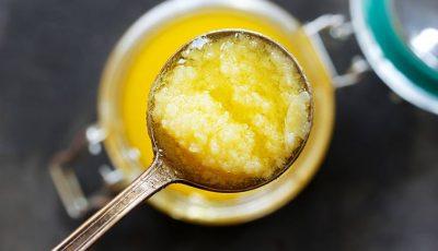 از جمله مزایای سوهان که به واسطه روغن حیوانی در این شیرینی وجود دارد ویتامین E و ویتامین D و اسیدهای چرب امگا ۳ میباشد.