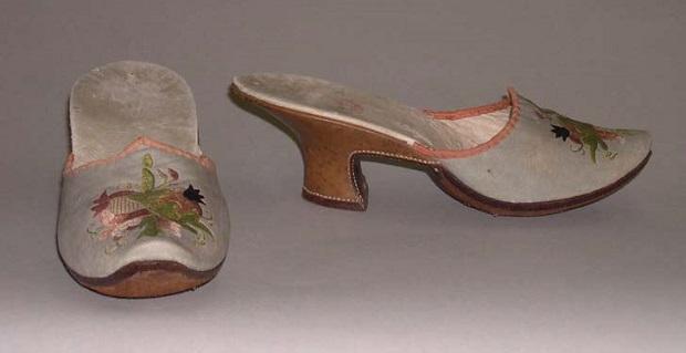 میولهای ابریشمی برای سال 1750 میلادی