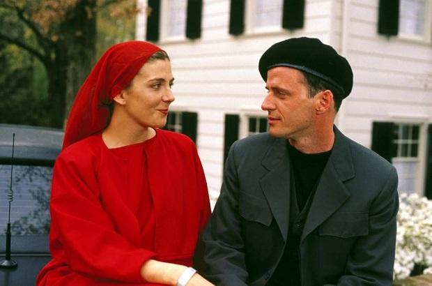 هنرنمایی Natasha Richardson و Aidan Quinn در فیلم سینمایی سرگذشت ندیمه 1990