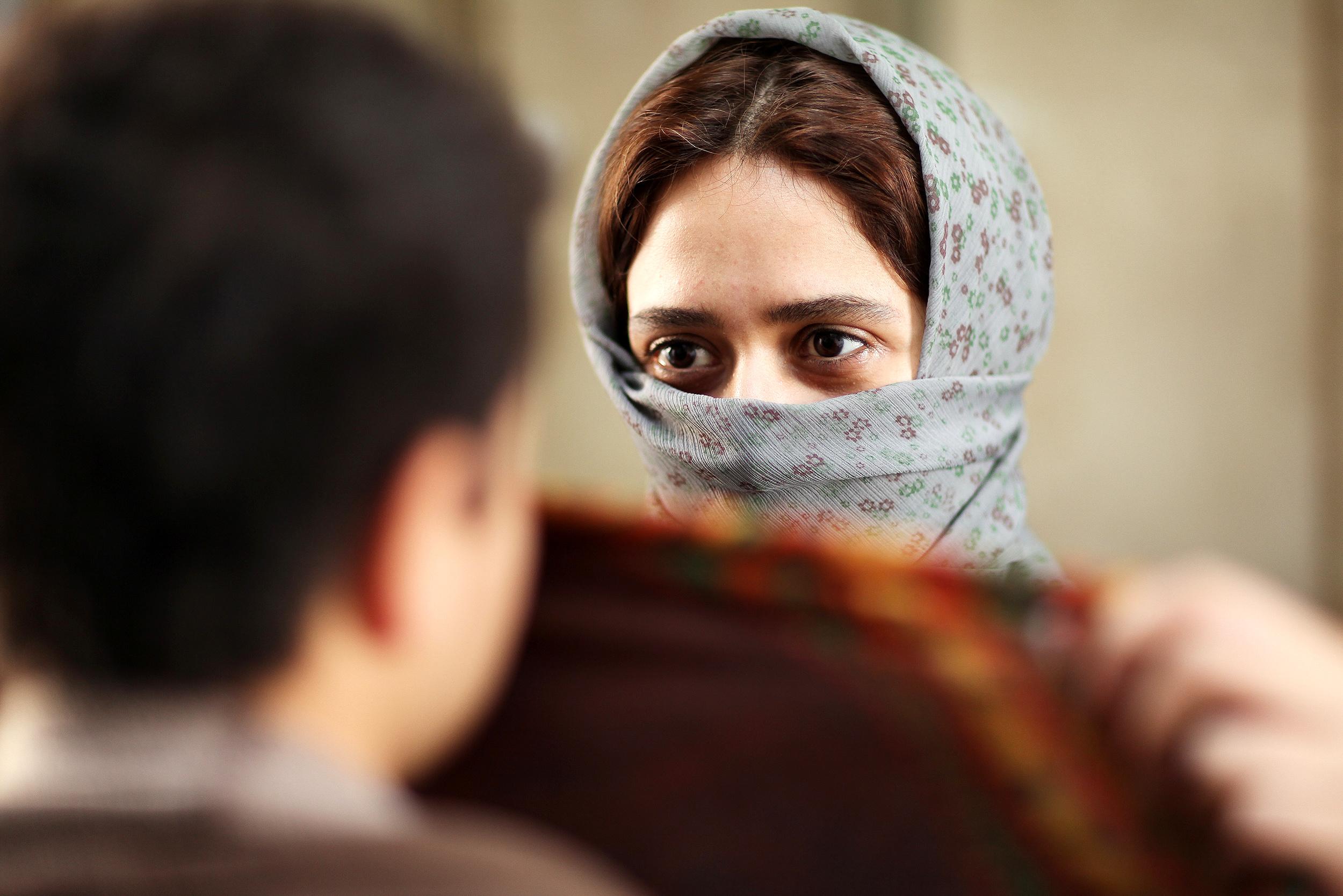 هنرنمایی فراموش نشدنی پریناز ایزدیار در نقش سمیه در فیلم ابد و یک روز