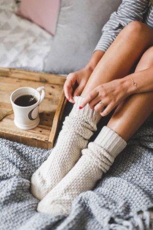 برای فصول سرد بهترین گزینه برای گرم کردن پاها جورابهای پشمی هستند.