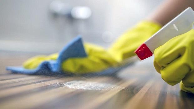 از مواد شیمیایی برای پاکسازی منزل استفاده نکنید