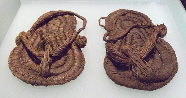 صندل انگشتی موجود مربوط به مصر باستان 1500 سال قبل از میلاد