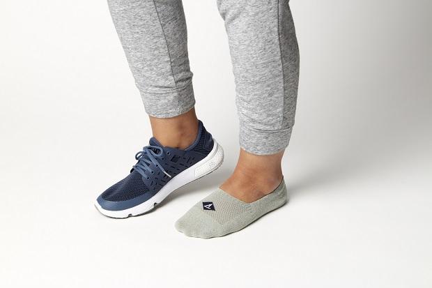 جورابهای مخفی گزینهی بسیار خوبی برای پوشیدن به همراه کفشهای اکسفورد، مجلسی و کتانی است.