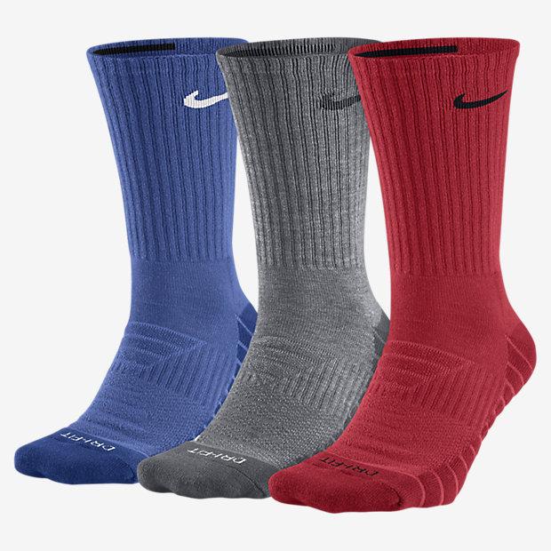 بهتر است که هر جورابی را با عنوان جوراب ورزشی تهیه نکنید و نسبت به ورزشی که انجام میدهید جوراب مخصوص آن را انتخاب و تهیه کنید