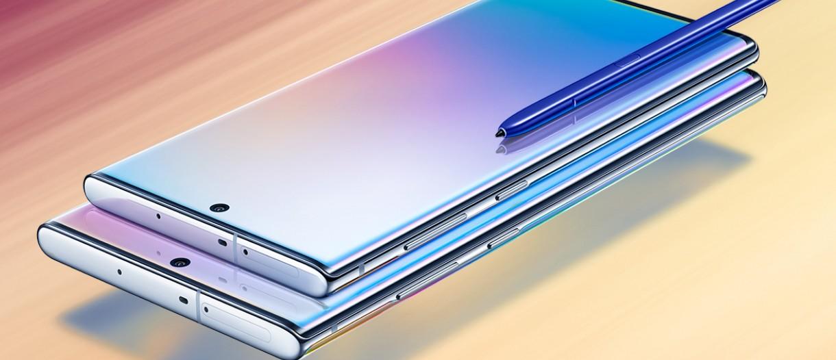 Galaxy Note 10 Plus در کنار Galaxy Note 10