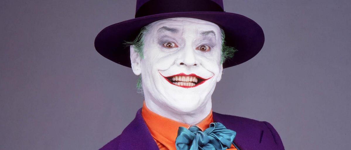 سال های سال است که Joker به سینما وارد شده است. به جز اولین حضورش در سال ۱۹۶۹ و در سریال های بتمن که به زمانی خیلی دور باز می گردد، فیلم بتمن ۱۹۸۹ تیم برتون اولین جوکر سینما است که جک نیکلسون بزرک در آن ایفا گر نقش جوکر است.