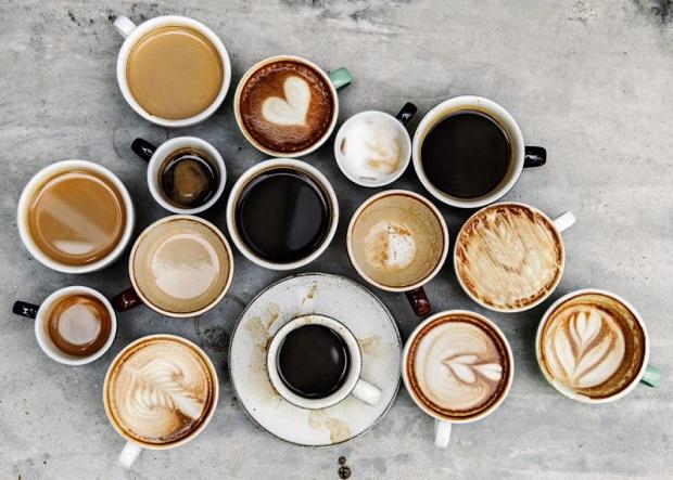 تا حد امکان از مصرف قهوه و چای برای پیشگیری از جرم دندان خودداری کنیم.