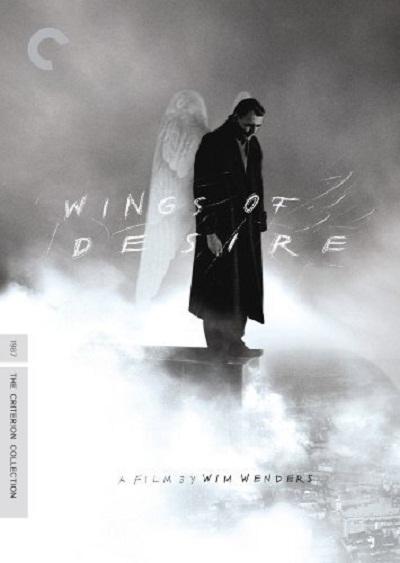 پیتر هانتکه با ویم وندرس در فیلم زیر آسمان برلین Der Himmel über Berlin به عنوان فیلمنامه نویس همکاری داشته است