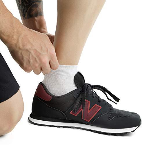 جورابهای مچی تا کمی بالای مچ پا قرار میگیرند، برای تیپهای ورزشی، کژوآل و غیر رسمی مناسبند.