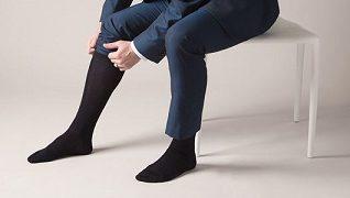 به طور سنتی جورابهای رسمی تر ضخامت کمتری دارند.