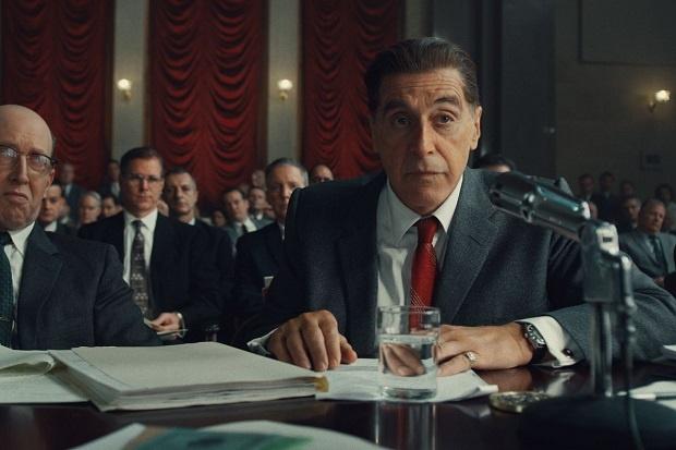 فیلم The Irishman ارضا سازی آن دسته از سینما دوستانی است که وابسته به واقعیت هستند. خشونتی که در این فیلم تصویر گری میشود اگر چه به خونریزی فیلمهای قبلی اسکورسیزی نیستند اما کماکان المان صراحت را رعایت میکنند.
