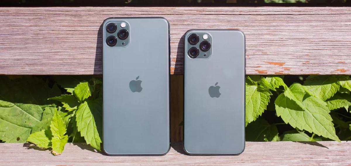 در پایان مقایسه آیفون ۱۱ پرو با XS میتوان گفت که iPhone 11 Pro نسبت به iPhone XS تغییرات زیادی داشته است. این دو گوشی اپل اگر چه از لحاظ ظاهری و صفحه نمایش تفاوتهای جزیی با هم دارند. ولی با این حال، از لحاظ سخت افزاری، نرم افزاری، دوربین و باتری تفاوتهای زیاد بین آیفون ۱۱ پرو و آیفون XS وجود دارد. در همه این حوزه ها، آیفون ۱۱ پرو قوی تر و پیشرفته تر شده است.