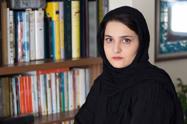 نسیم مرعشی نویسنده رمان پاییز فصل آخر سال است