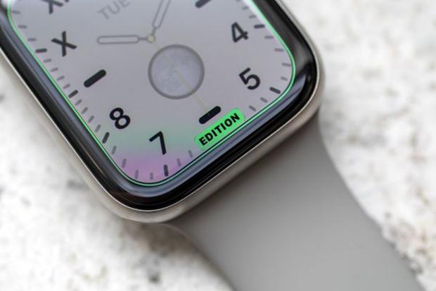 نسخهی Edition بنا به تفکر فعلی اپل، به طور همزمان یک محصول سلامتی و شیک را ارائه میدهد.