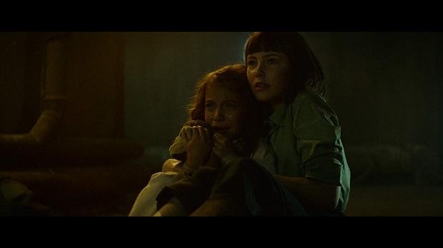 این فیلم دومین فیلم بن یانگ پس از درام Hounds of Love سگهای شکاری عشق است که وقایع آن در دههی ۱۹۸۰ میلادی جریان دارد.
